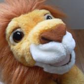 Король Лев, рычит
