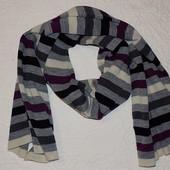 Красивый, стильный шарф Lindex 100% акрил.