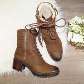 (39р./25,5см) Clarks! Кожа/нубук! Зима! Комфортные ботинки на широком каблуке с о шнуровкой