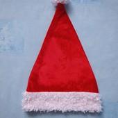 Продаю! 12-16 лет. Шапка карнавальная Санта, б/у. Хорошее состояние, без пятен. п/об 27,5 см.