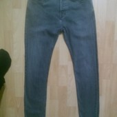 Фирменные джинсы скинни 30 р.