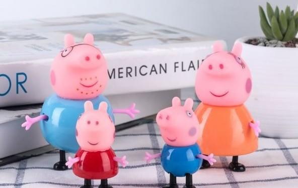 Набор фигурок peppa свинка пеппа-поросенок джордж-мама свинка-папа свин фото №1
