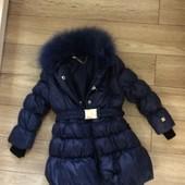 Чёрная курточка на девочку фирмы фан фан с натуральным мехом