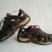Замшевые сандалии Salomon 41р. Въетнам.