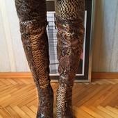 Классные ботфорты, Италия, под змею, р-р 37, носила на 38