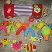Развивающие игрушки , подвески 0-12 мес.