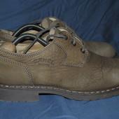 Лот №0350 Ботинки на сезон деми Camel Boots (размер 42)