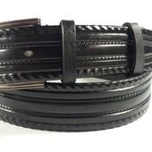 Классический кожаный ремень черного цвета