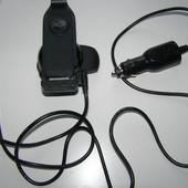 Автодержатель с зарядкой TomTom  для iPhone