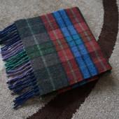 John Hanly. Шерстяной шарф.