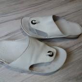 Вьетнамки Clarks 4.5D 24.5 cm
