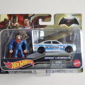 Superman and metropolis! Металлическая машина +фигурка супермена.