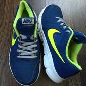 Nike кроссовки оригинал, р-р 35.5 22.5-23 см Индонезия