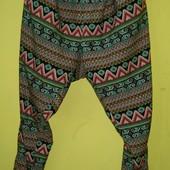 Легкие штаны большого размера 54-56, в отличном состоянии. Длн - 111 см, шаговий шов - 78, ширина по