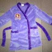 Мягусенький, фирменный, очень классный халат на 86-92 см, состояние отличное!