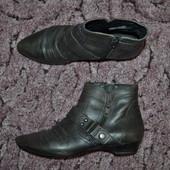 Р. 38 - 25 см. Tamaris. Полусапожки, ботинки деми. Фирменные, оригинал.