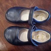 Туфли кожанные фирмы Clarks