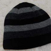 Спортивная шапка на флисе