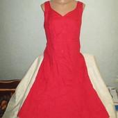 Очень красивое женское платье грудь 54 см  !!!!!!!!!!!