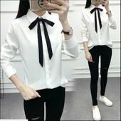 Блузка белая с галстуком