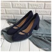 Новые туфли M&S на широком каблуке рр 40