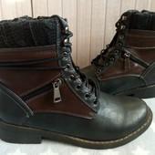 Anna K Утеплені ботинки із еко-шкіри  42 р-ри.