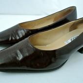 Стильные кожаные туфли Gabor (Австрия) на каблуке. Размер 5/ наш 38 по стельке 26см