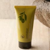 Пенка для умывания с органическим маслом оливы   Innisfree  Olive Real Cleansing Foam
