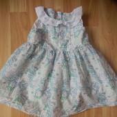 Фирменное платье  Next малыщке 3-6 месяцев состояние нового