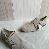 Туфлі із нат.замші зовні і нат.шкіри всередині 42 рр і устілка 28,5 см.