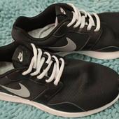 кроссовки NIKE, размер 39. 100% оригинал.