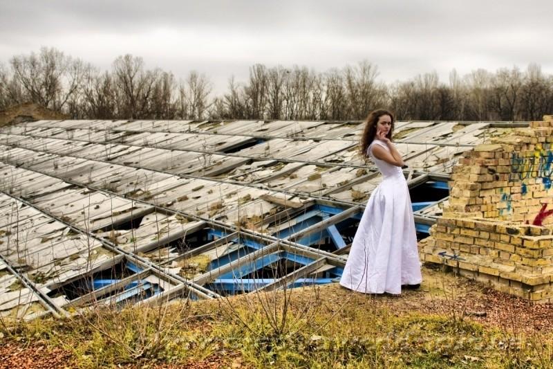 Trash the dress - новая и необычная фотосессия .... фото №1