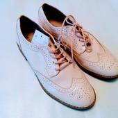Стильные туфли C&A р.39 (25 см)