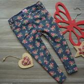 Джинсы брюки в розы F&F (1,5-2 года)