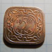 Монета. Суринам. 5 центов 1987 года.