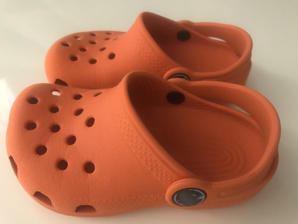 Crocs оригинал размер 6-7, 15см фото №1