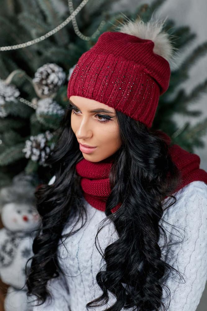 Женская шапка бордо фото №1