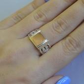 Серебряная печатка с золотыми накладками Мп5