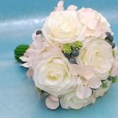 Большой свадебный букет - дублер из искусственных цветов