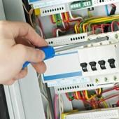 Услуги профессионального электрика с большим опытом работы