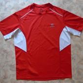 Красная спорт футболка 46-48 мужск.