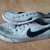 Фирменные кеды Nike р.41-26см