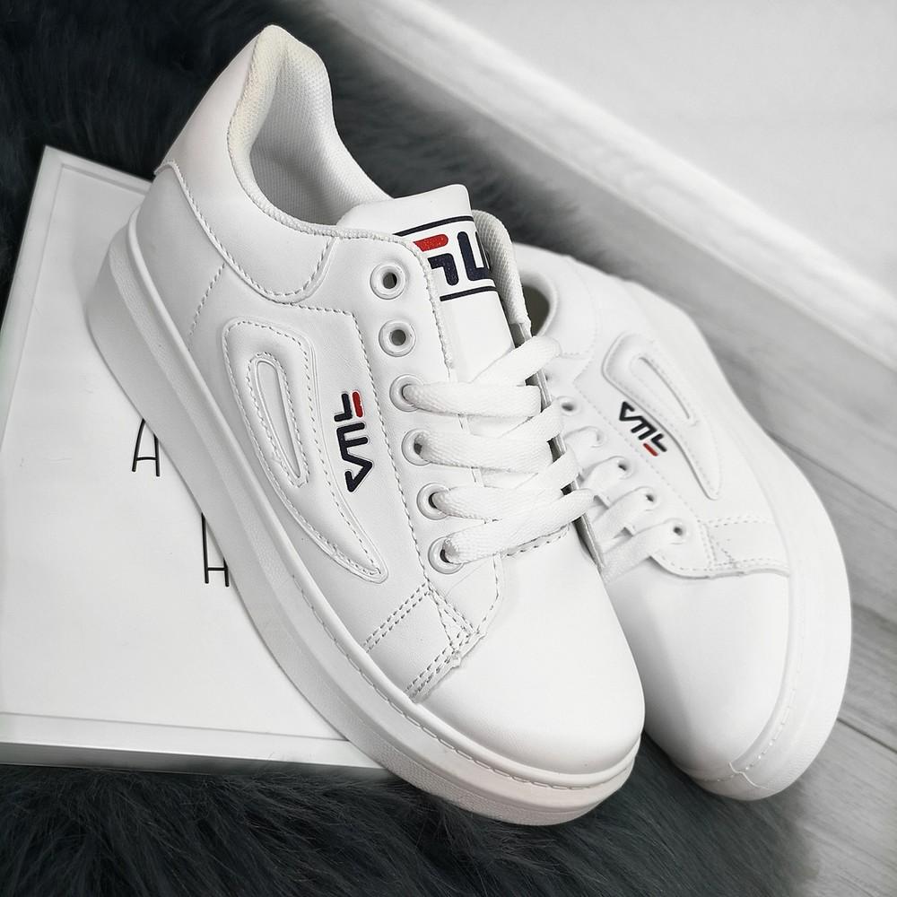 Кроссовки белые fila фото №1