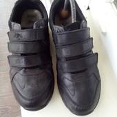 Шкіряні кросівки туфлі 41 розмір