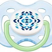 Пустышка дышащая с декором симметрическая Philips Avent,  (0-6 мес.), (SCF180/23)