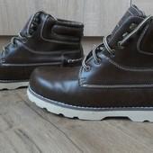 новые ботинки.Skechers/Оригинал!стелька 24.размер 38