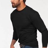 Лонгслив, футболка с длинным рукавом, белая, черная.