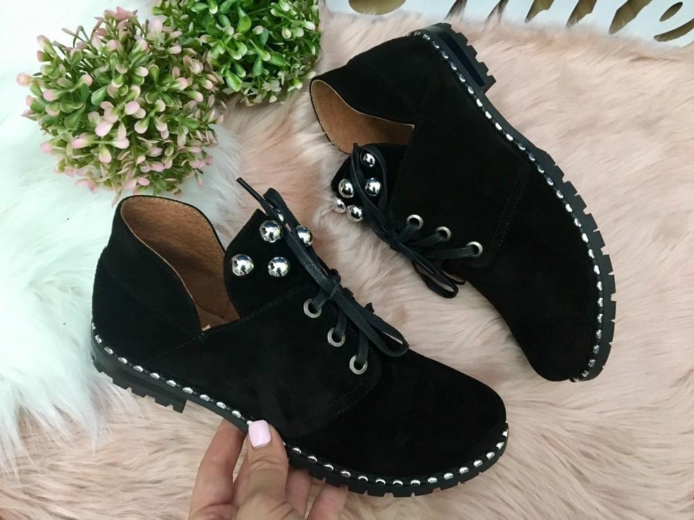 Женские замшевые туфли черного цвета фото №1