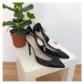 Новые кожаные шикарные туфли Office рр 39 Испания