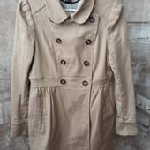 H&M демисезонное двубортное пальто бежевого цвета